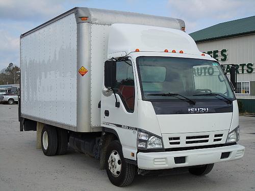Isuzu NPR 2006 Box Truck Used