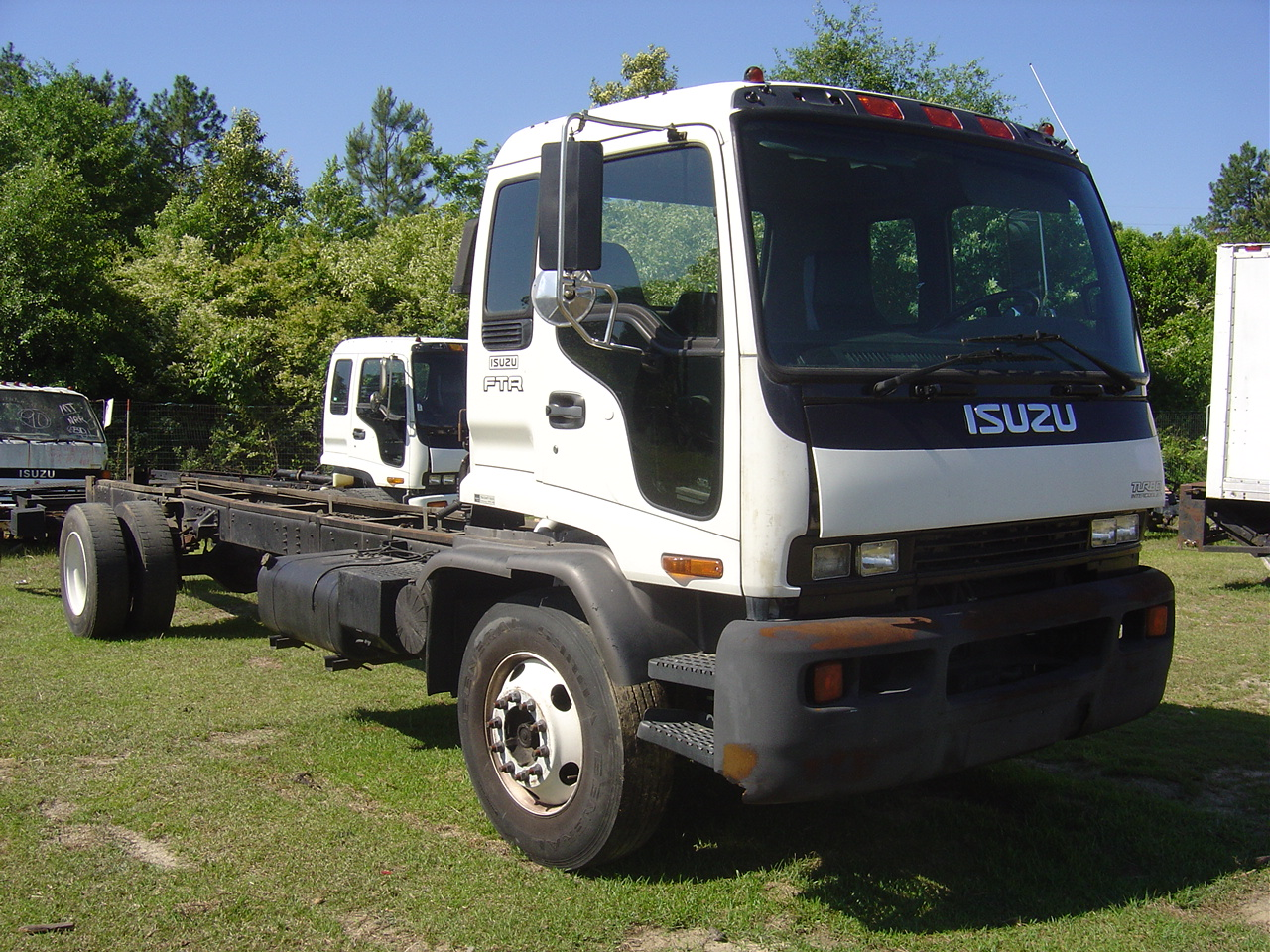 isuzu ftr 2002 automatic transmission truck used