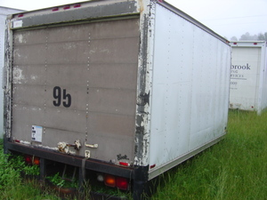 Dry box roll up door 12 39 used busbee 39 s trucks and parts for 12 foot roll up door