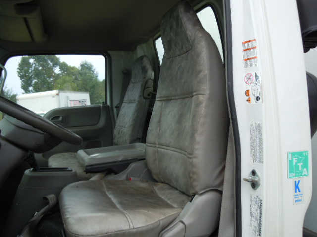ford lcf driver seat 2006 up used busbee 39 s trucks and parts. Black Bedroom Furniture Sets. Home Design Ideas