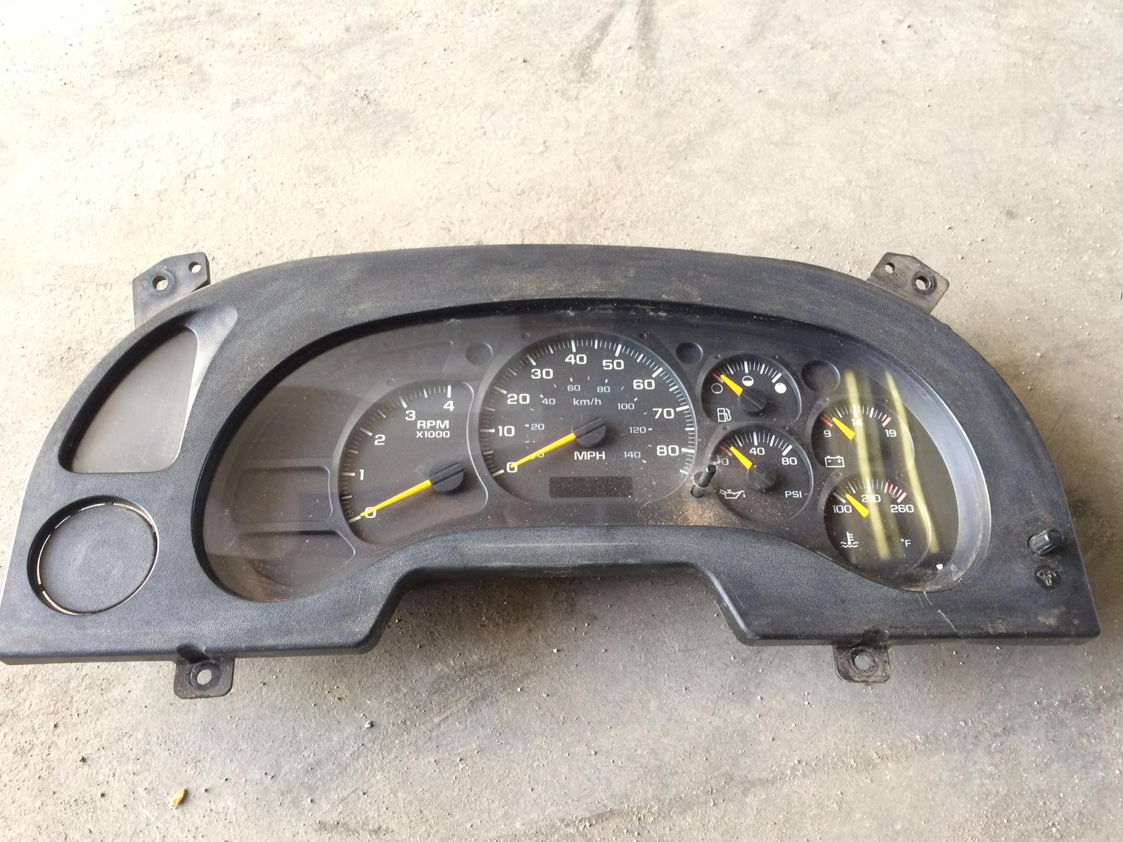 Isuzu Speedometer Ftr Frr Gmc W5500 W56500 W7500 2005