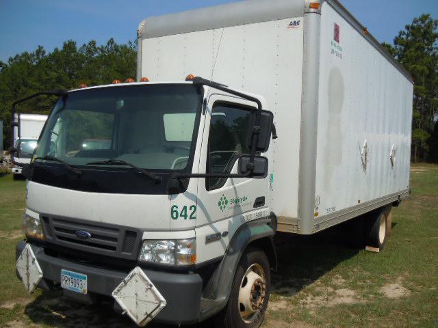 dscn4033_8 5 11?itok=HbFwJl f ford lcf 2006 truck used isuzu npr nrr truck parts busbee  at highcare.asia