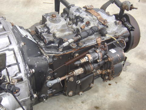 ud transmission manual standard 6 speed 1800 2000 2300 1995 1998 rh busbeetruckparts com Hino Dutro 130 HD Hino Dutro Truck