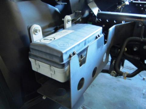 isuzu fuse box npr 2007 up used isuzu npr nrr truck parts busbee  nissan ud fuse box #13
