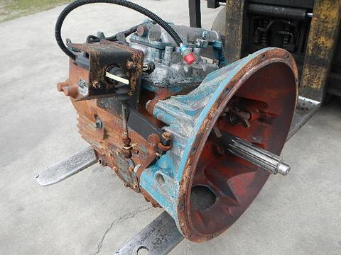 Spicer Transmission | Isuzu NPR NRR Truck Parts | Busbee