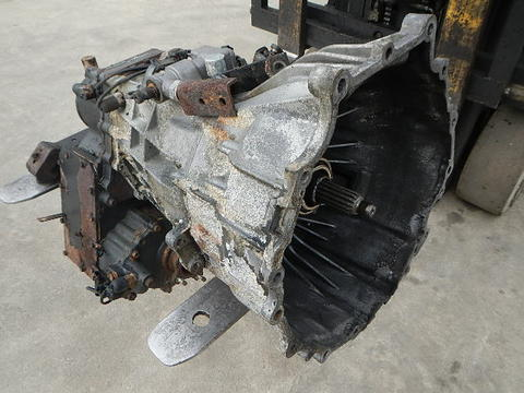 mitsubishi fuso fg manual transmission w 4x4 transfer case isuzu rh busbeetruckparts com service manual engine mitsubishi canter 4d34 manual motor mitsubishi canter 4d34 pdf