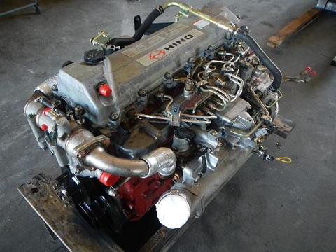 Dscn on 2007 Isuzu Npr Engine