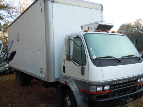 mitsubishi fuso fh 2001 box truck used isuzu npr nrr. Black Bedroom Furniture Sets. Home Design Ideas