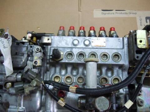 mitsubishi fuso fh 6d16 injection pump me075764 used isuzu npr nrr rh busbeetruckparts com Mitsubishi Engine Parts 2G1 Mitsubishi Engine