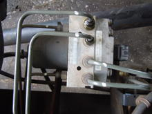 isuzu npr nqr abs brake pump 2005 2007 gmc w3500 w4500. Black Bedroom Furniture Sets. Home Design Ideas